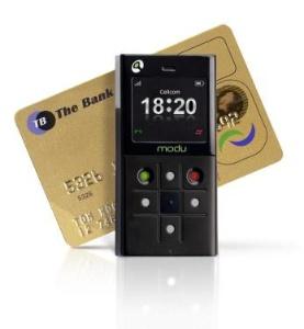 Самый маленький смартфон Modu Phone.